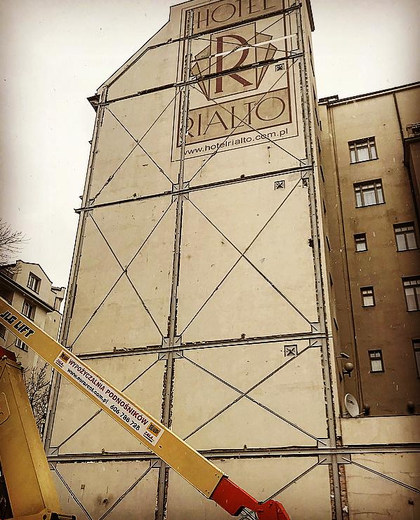 Konstrukcja wzmacniająca na Wilczej 73 w Warszawie 3